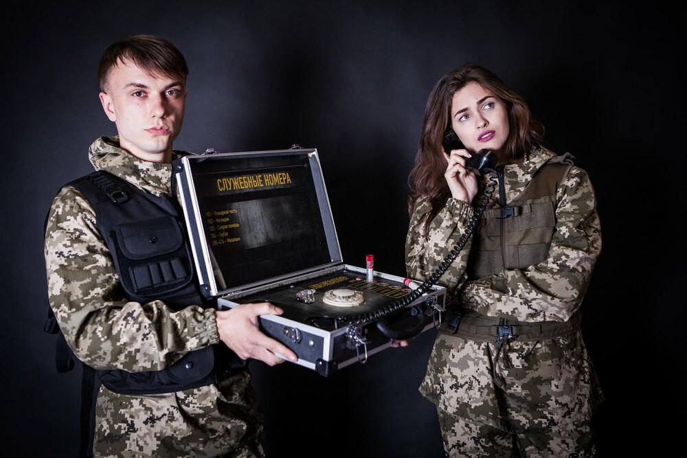 Сидорович звонит девушке в квест комнате сталкер в фактория
